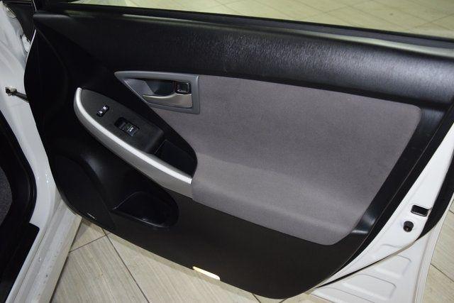 2014 Toyota Prius Plug-In Advanced Richmond Hill, New York 23
