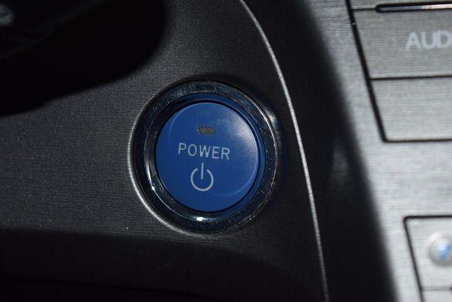 2014 Toyota Prius Plug-In Advanced Richmond Hill, New York 34