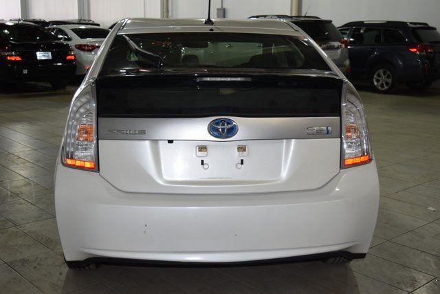 2014 Toyota Prius Plug-In Advanced Richmond Hill, New York 4