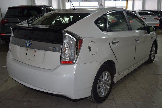 2014 Toyota Prius Plug-In Advanced Richmond Hill, New York 5