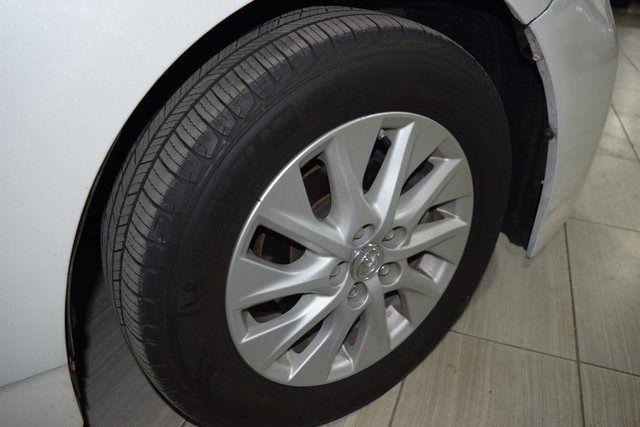 2014 Toyota Prius Plug-In Advanced Richmond Hill, New York 7