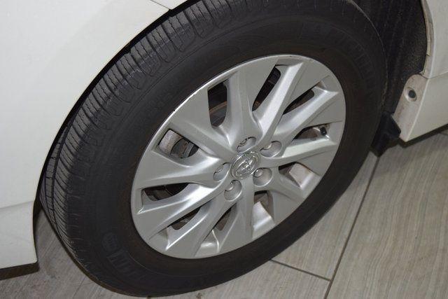 2014 Toyota Prius Plug-In Advanced Richmond Hill, New York 8