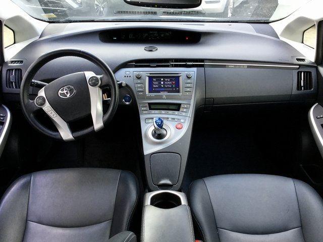 2014 Toyota Prius Four Richmond Hill, New York 17