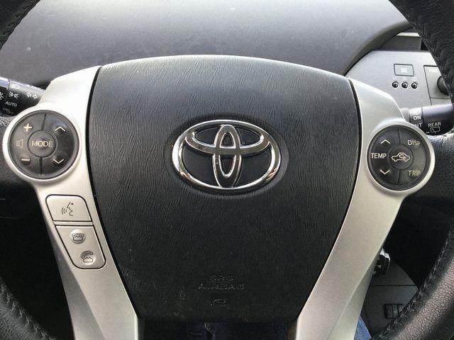 2014 Toyota Prius Four Richmond Hill, New York 26