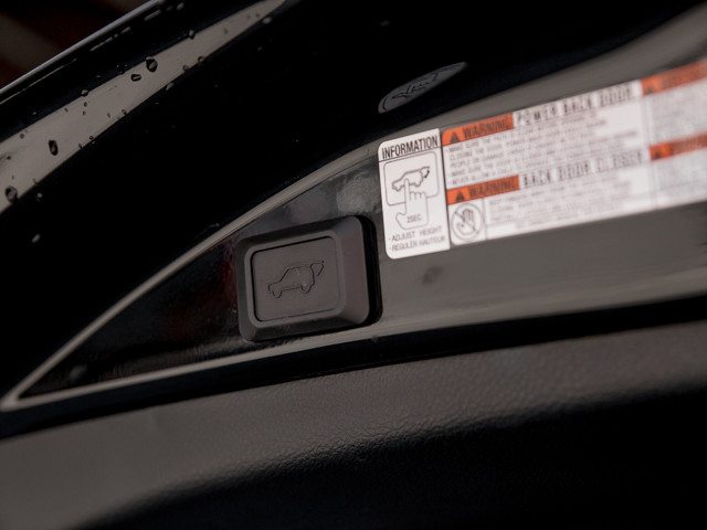 2014 Toyota RAV4 Limited Burbank, CA 26