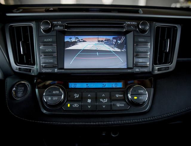 2014 Toyota RAV4 Limited Burbank, CA 27