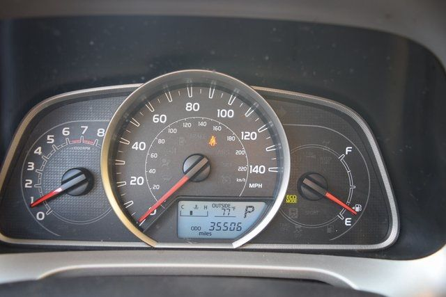 2014 Toyota RAV4 LE Richmond Hill, New York 14