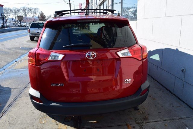 2014 Toyota RAV4 XLE Richmond Hill, New York 3