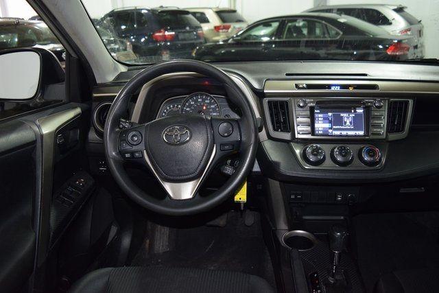 2014 Toyota RAV4 LE Richmond Hill, New York 11