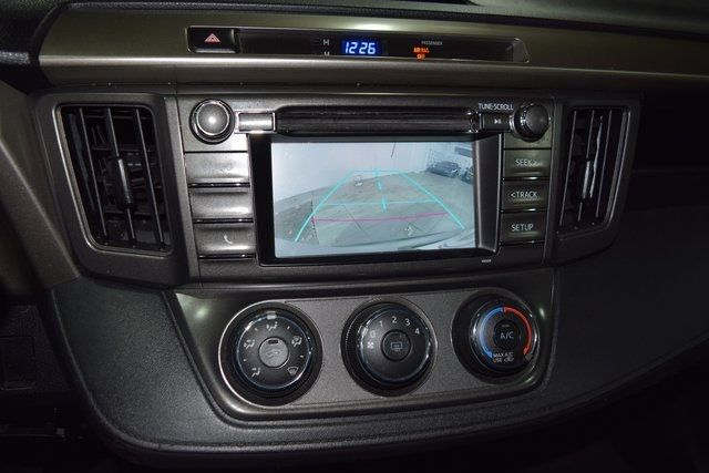 2014 Toyota RAV4 LE Richmond Hill, New York 25