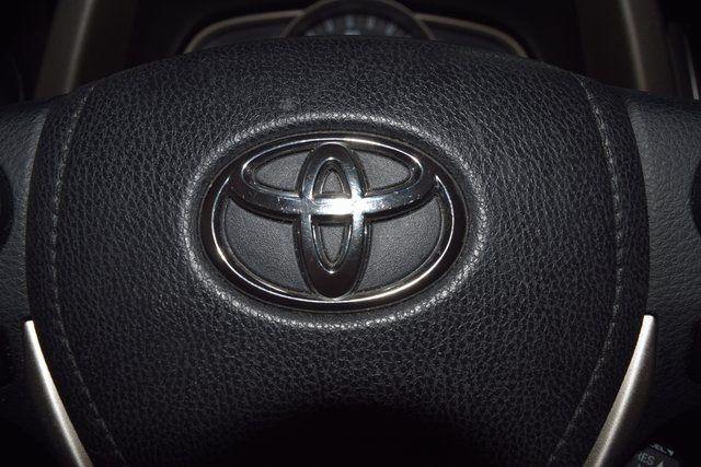 2014 Toyota RAV4 LE Richmond Hill, New York 28