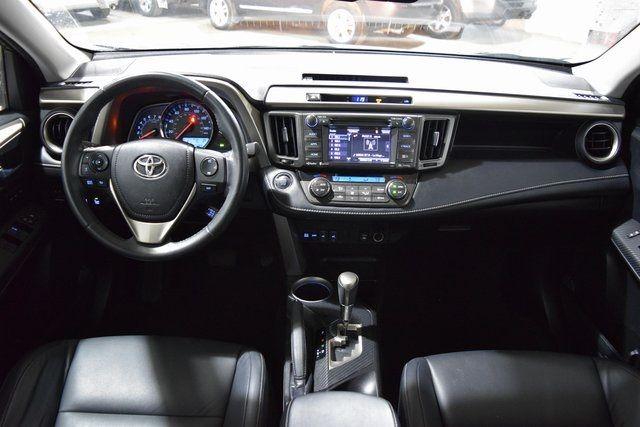 2014 Toyota RAV4 Limited Richmond Hill, New York 24