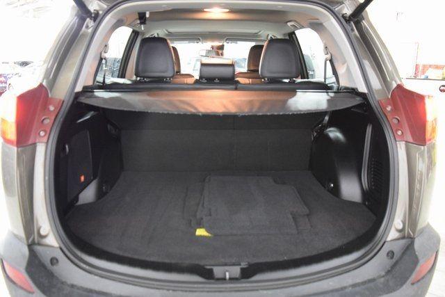 2014 Toyota RAV4 Limited Richmond Hill, New York 29
