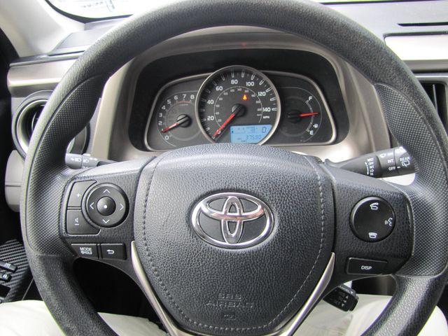 2014 Toyota RAV4 LE St. Louis, Missouri 8
