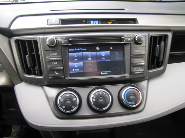 2014 Toyota RAV4 LE St. Louis, Missouri 9