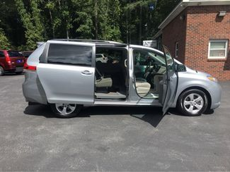 2014 Toyota Sienna LE Handicap Accessible Wheelchair Van Dallas, Georgia 20