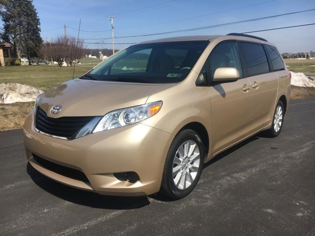 2014 toyota sienna le ebay. Black Bedroom Furniture Sets. Home Design Ideas
