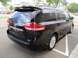 2014 Toyota Sienna Ltd Farmington, Minnesota 1