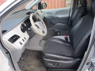 2014 Toyota Sienna SE Farmington, Minnesota 2