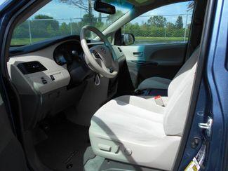 2014 Toyota Sienna Le Handicap Van Pinellas Park, Florida 6