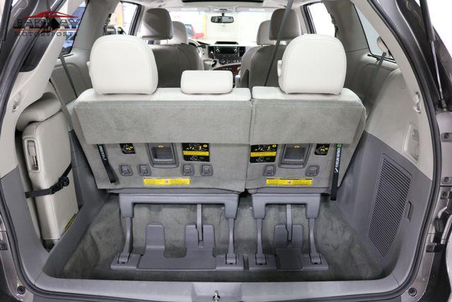 2014 Toyota Sienna XLE Merrillville, Indiana 27