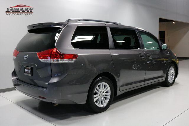 2014 Toyota Sienna XLE Merrillville, Indiana 4