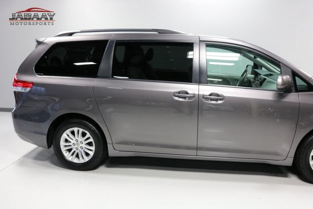 2014 Toyota Sienna XLE Merrillville, Indiana 40
