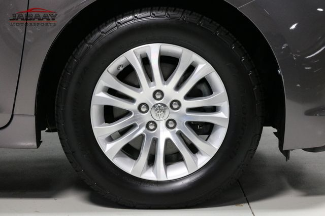 2014 Toyota Sienna XLE Merrillville, Indiana 49