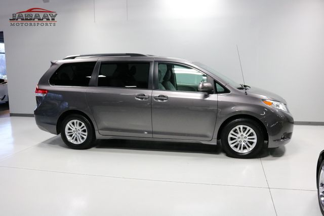 2014 Toyota Sienna XLE Merrillville, Indiana 45