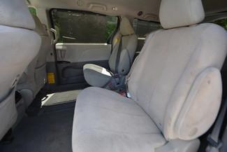 2014 Toyota Sienna LE Naugatuck, Connecticut 12