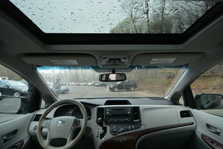 2014 Toyota Sienna XLE Naugatuck, Connecticut 11