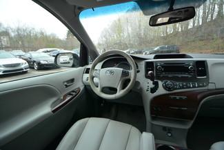 2014 Toyota Sienna XLE Naugatuck, Connecticut 8