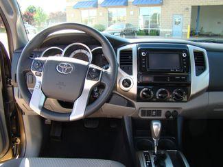 2014 Toyota Tacoma SR5 Bettendorf, Iowa 29