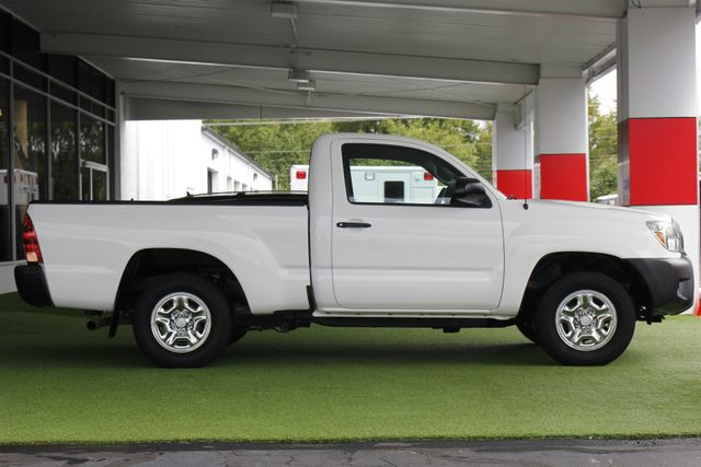 2014 Toyota Tacoma REG CAB RWD - 1 OWNER - WINDOW STICKER! Mooresville , NC 11