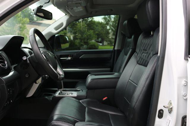 2014 Toyota Tundra Platinum Crew Max 4x4 Mooresville, North Carolina 11