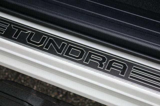 2014 Toyota Tundra Platinum Crew Max 4x4 Mooresville, North Carolina 21