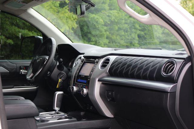 2014 Toyota Tundra Platinum Crew Max 4x4 Mooresville, North Carolina 32