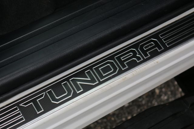 2014 Toyota Tundra Platinum Crew Max 4x4 Mooresville, North Carolina 36