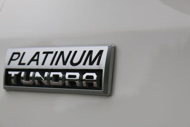 2014 Toyota Tundra Platinum Crew Max 4x4 Mooresville, North Carolina 9