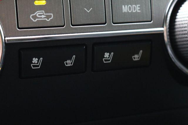 2014 Toyota Tundra Platinum Crew Max 4x4 Mooresville, North Carolina 63