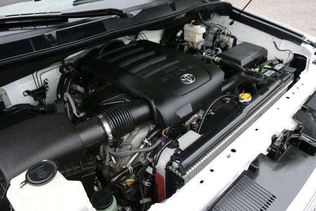2014 Toyota Tundra Platinum Crew Max 4x4 Mooresville, North Carolina 73