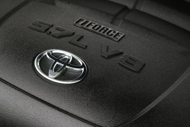 2014 Toyota Tundra Platinum Crew Max 4x4 Mooresville, North Carolina 75