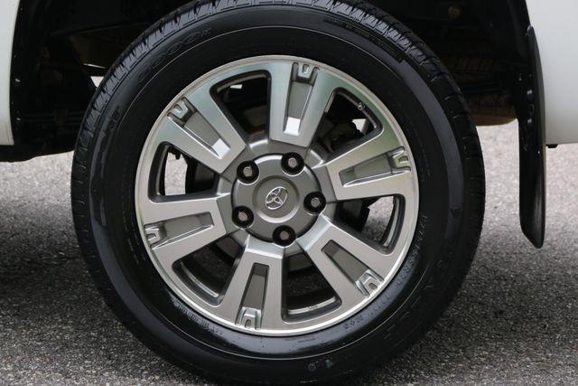 2014 Toyota Tundra Platinum Crew Max 4x4 Mooresville, North Carolina 77