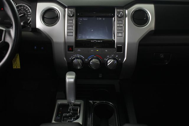 2014 Toyota Tundra SR5 Double Cab RWD - NAVIGATION! Mooresville , NC 10