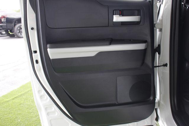 2014 Toyota Tundra SR5 Double Cab RWD - NAVIGATION! Mooresville , NC 38