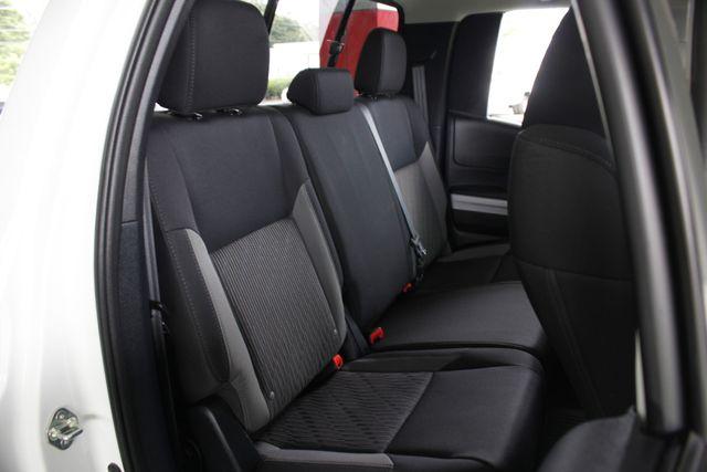 2014 Toyota Tundra SR5 Double Cab RWD - NAVIGATION! Mooresville , NC 12