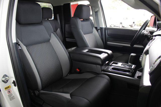 2014 Toyota Tundra SR5 Double Cab RWD - NAVIGATION! Mooresville , NC 13