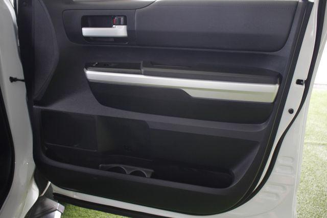 2014 Toyota Tundra SR5 Double Cab RWD - NAVIGATION! Mooresville , NC 37