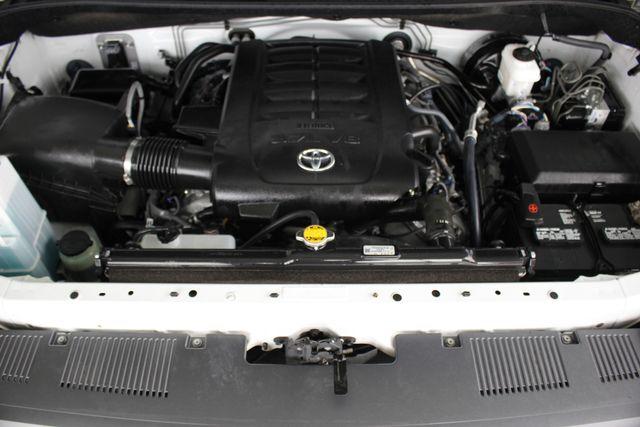 2014 Toyota Tundra SR5 Double Cab RWD - NAVIGATION! Mooresville , NC 40