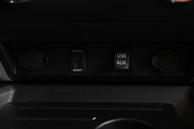 2014 Toyota Tundra 1794 CrewMax 4x4 - NAV - SUNROOF - BLIND SPOT! Mooresville , NC 38